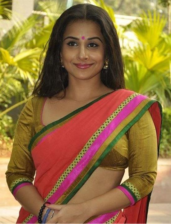 Vidya-Balan-in-Organge-Saree-and-Raw-Silk-Blouse