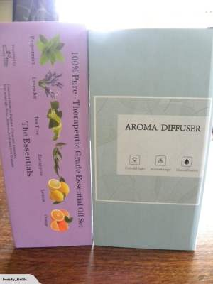 Metal Aromatherapy Diffuser + 6 Oils Gift Pack 2