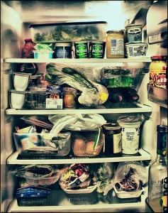 ένα ψυγείο γεμάτο με...μεσογειακή διατροφή :-) (photo by Fabio Trifoni)