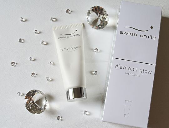 Swiss Smile diamond glow
