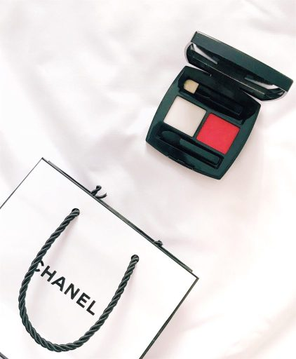 lip powder di Chanel in Rosso Pompeiano
