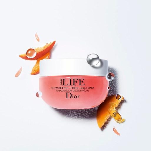 La Jelly Mask di Dior dona luminosità istantanea al viso in solo 3 minuti.