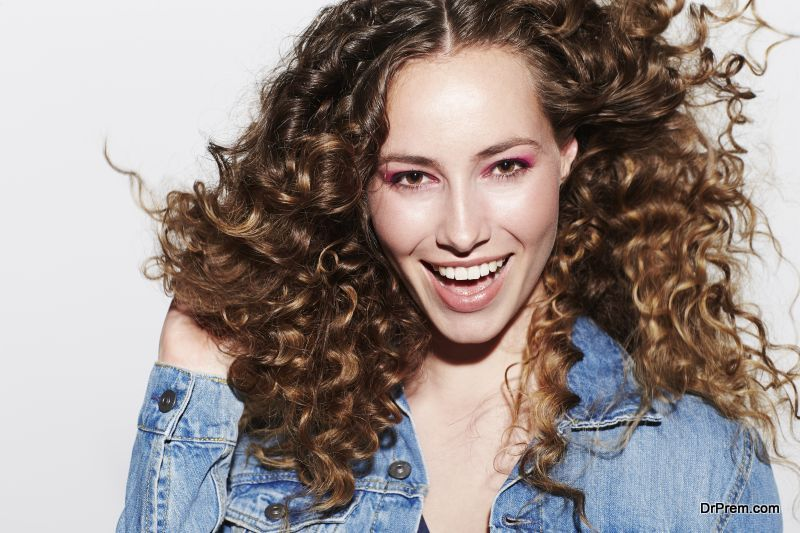 People-with-curly-hair