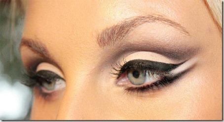 blue eyes makeup 840
