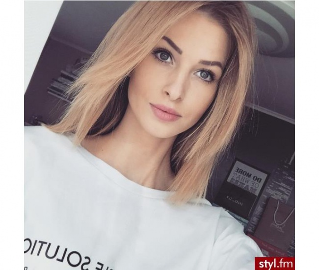 medium-length hairstyles-20