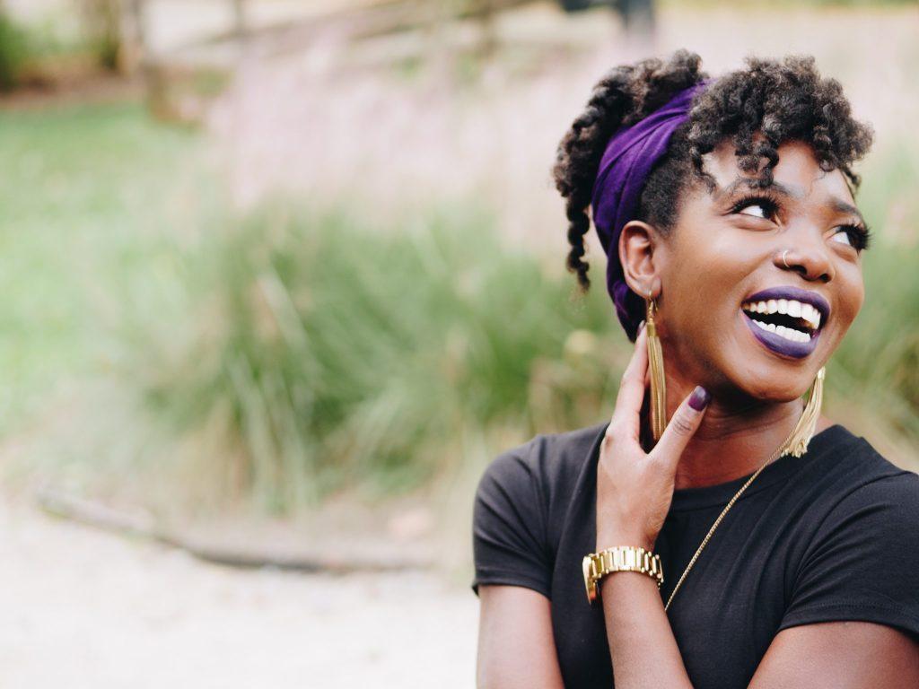 black girl purple lips