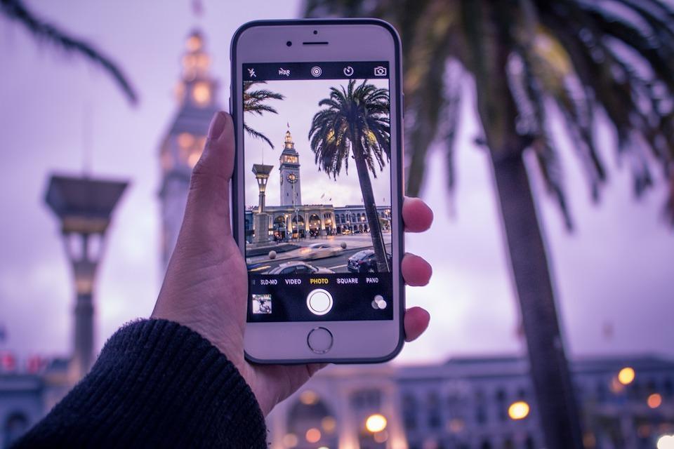 smartphones app, travel app, iPhone