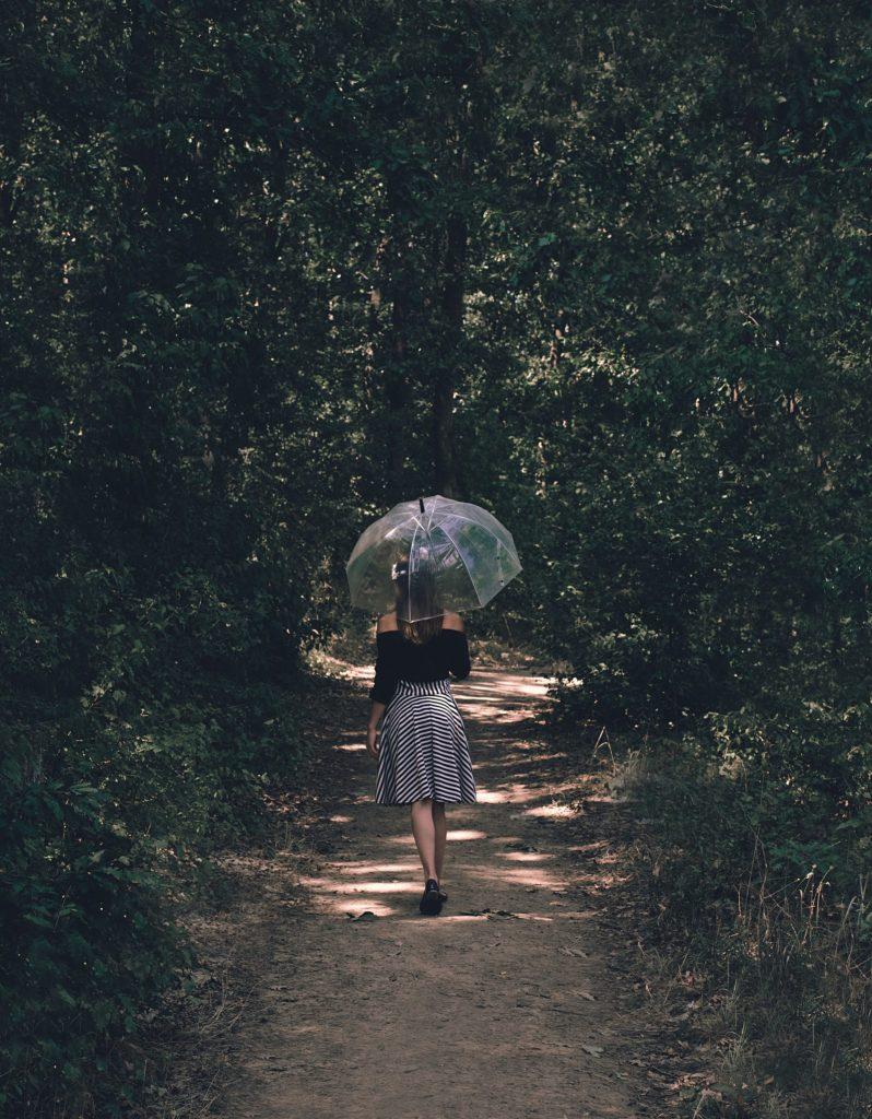 English Lady, Clear Umbrella