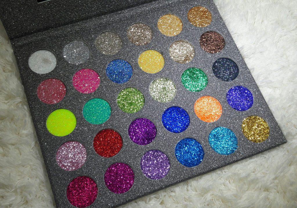 Miskos Pressed Glitter Eyeshadow Palette