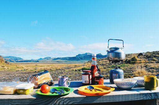 road trip adventure, picnic