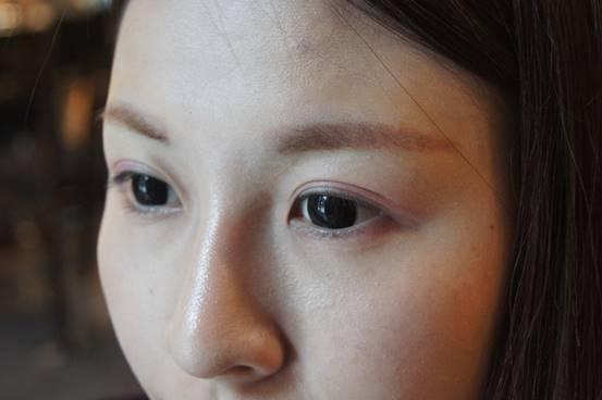 【種睫毛】接睫毛推薦台中樂比美學|美睫老師推薦的款式更適合我的眼型,介紹優質美睫店+終於揮開之前種睫毛的陰影