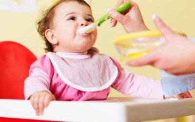Bébé à 10 mois : L'alimentation de Bébé