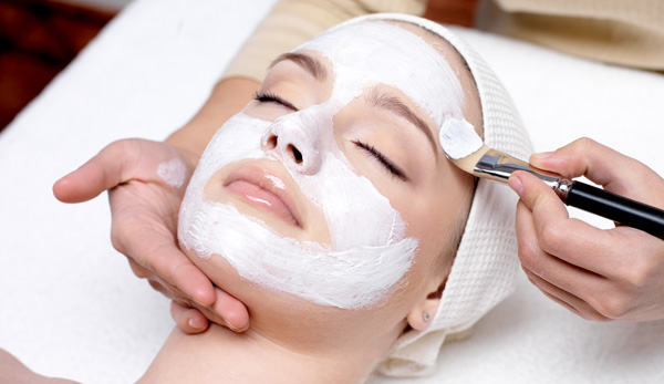 Facial Whitening Treatment