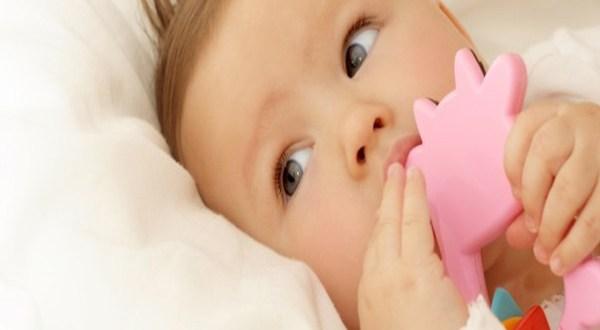 desenvolvimento do bebê de 4 meses