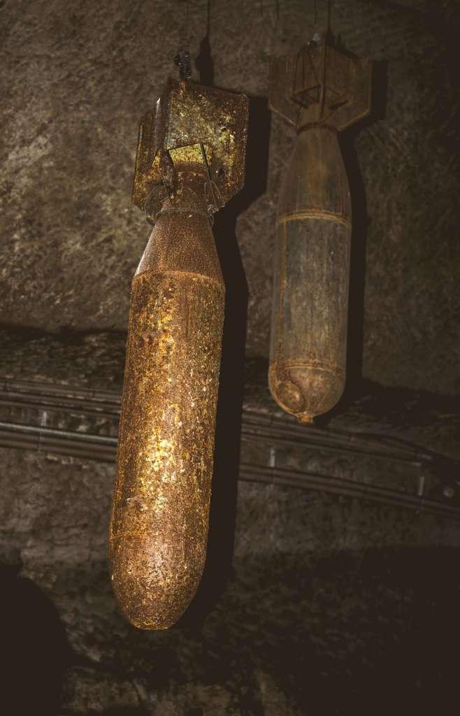 Napoli-sotterranea-particolare-bombe
