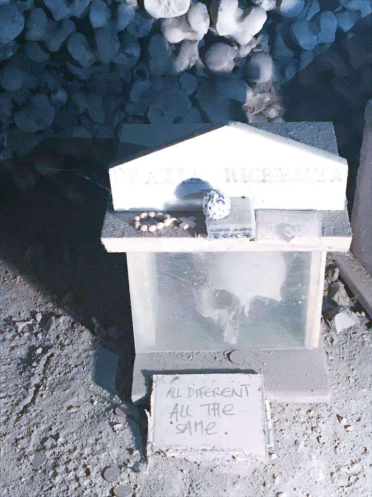 cimitero delle fontanelle 12