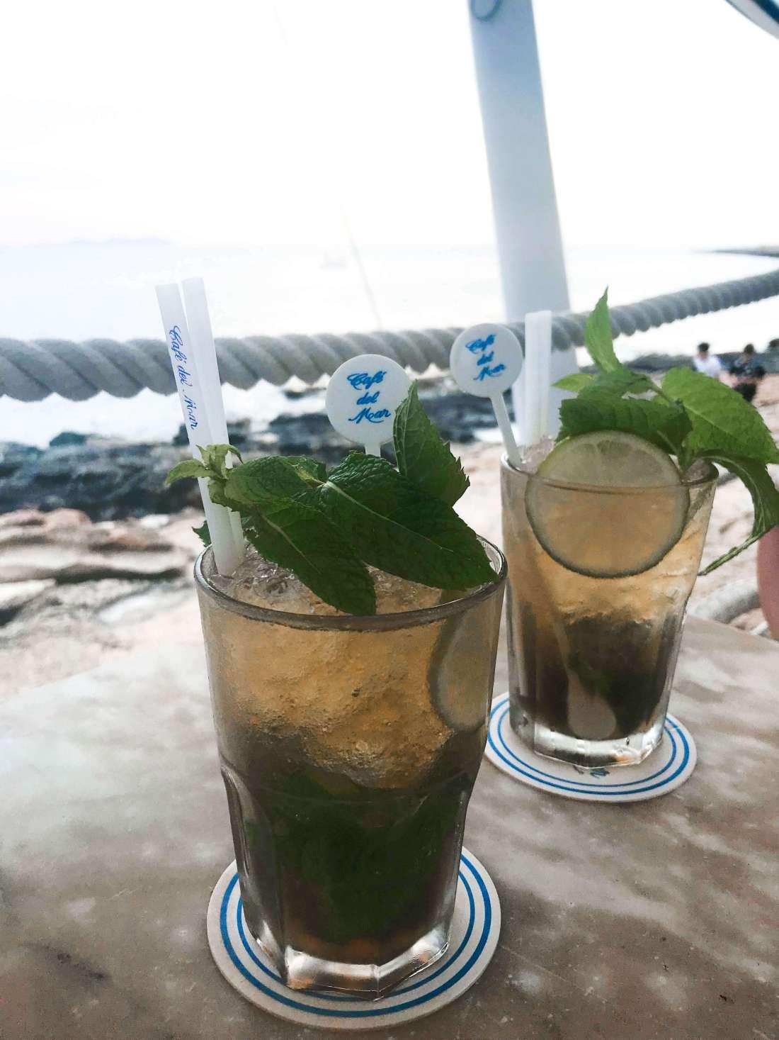 aperitivo al tramonto-baia sant antonio-cafe del mar-mojito
