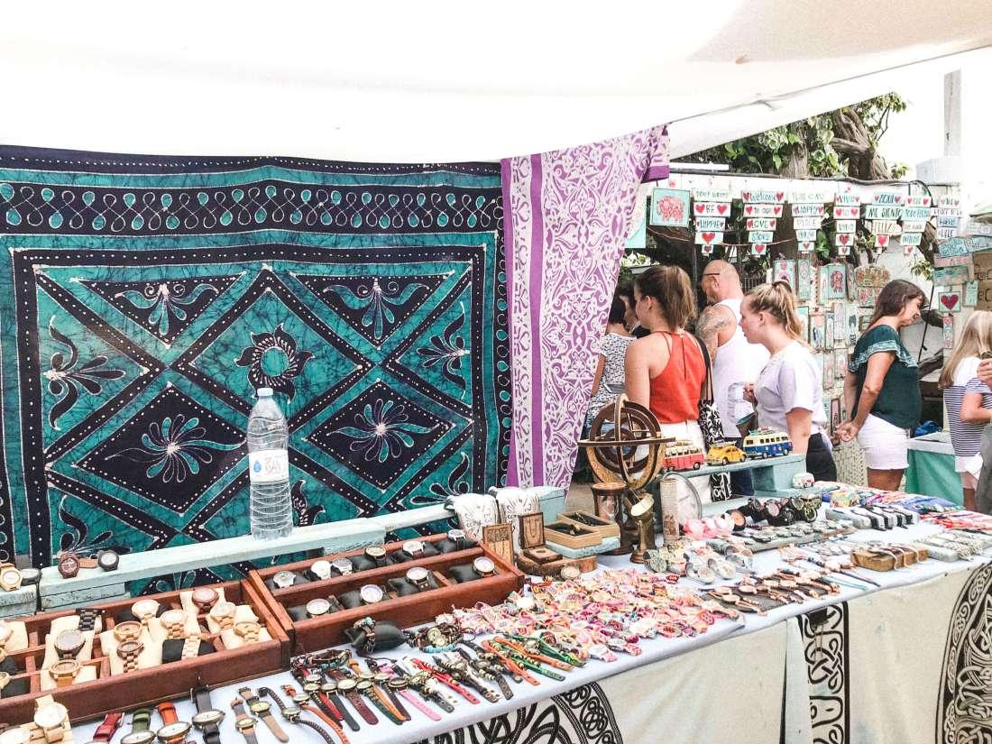 lasdalias-2-mercatini hippie-bancarelle