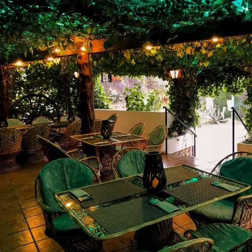 lasdalias-41-min-restaurant pandok-cala llonga