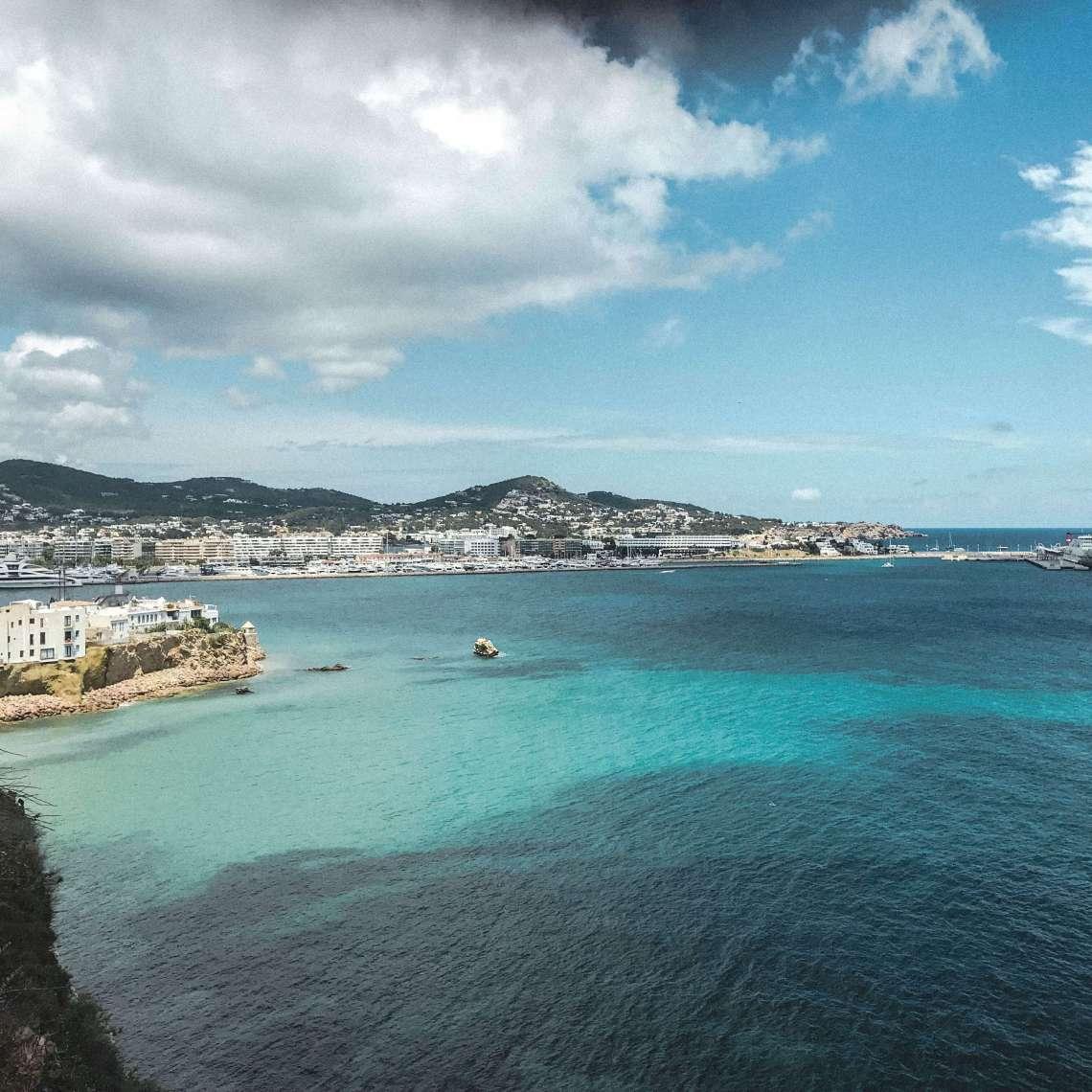 centro di Ibiza-vista dalla citta vecchia 2