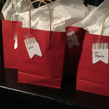 dollar tree gift bags