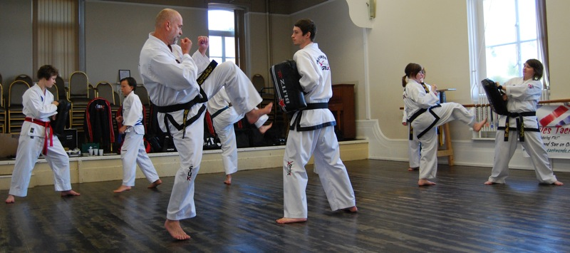 beccles-taekwondo-demo33