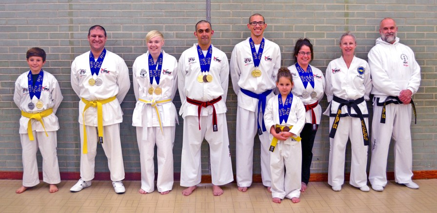 medal-winners-and-instructors-oct-2015