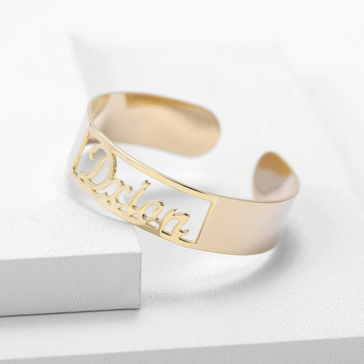Beautiful-Shine-Nameplate-Custom-Name-Bangle-For-Women-My-Name-Bangle-Gold-Silver-Rose-Gold