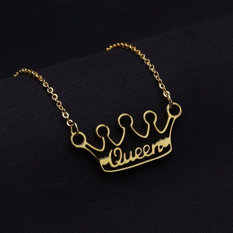 My Beautiful Queen's Crown Name Necklace Simple Name Necklace Beautiful Name Necklace For Personalized Casual Use