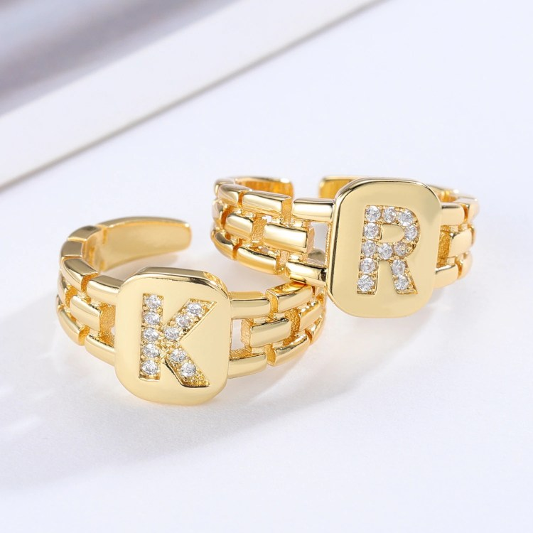 Personalized Crystal Letter Ring Women's Jewelry For Party Outfits Custom English Initial For Personal Use High Quality Jewelry From Beceff