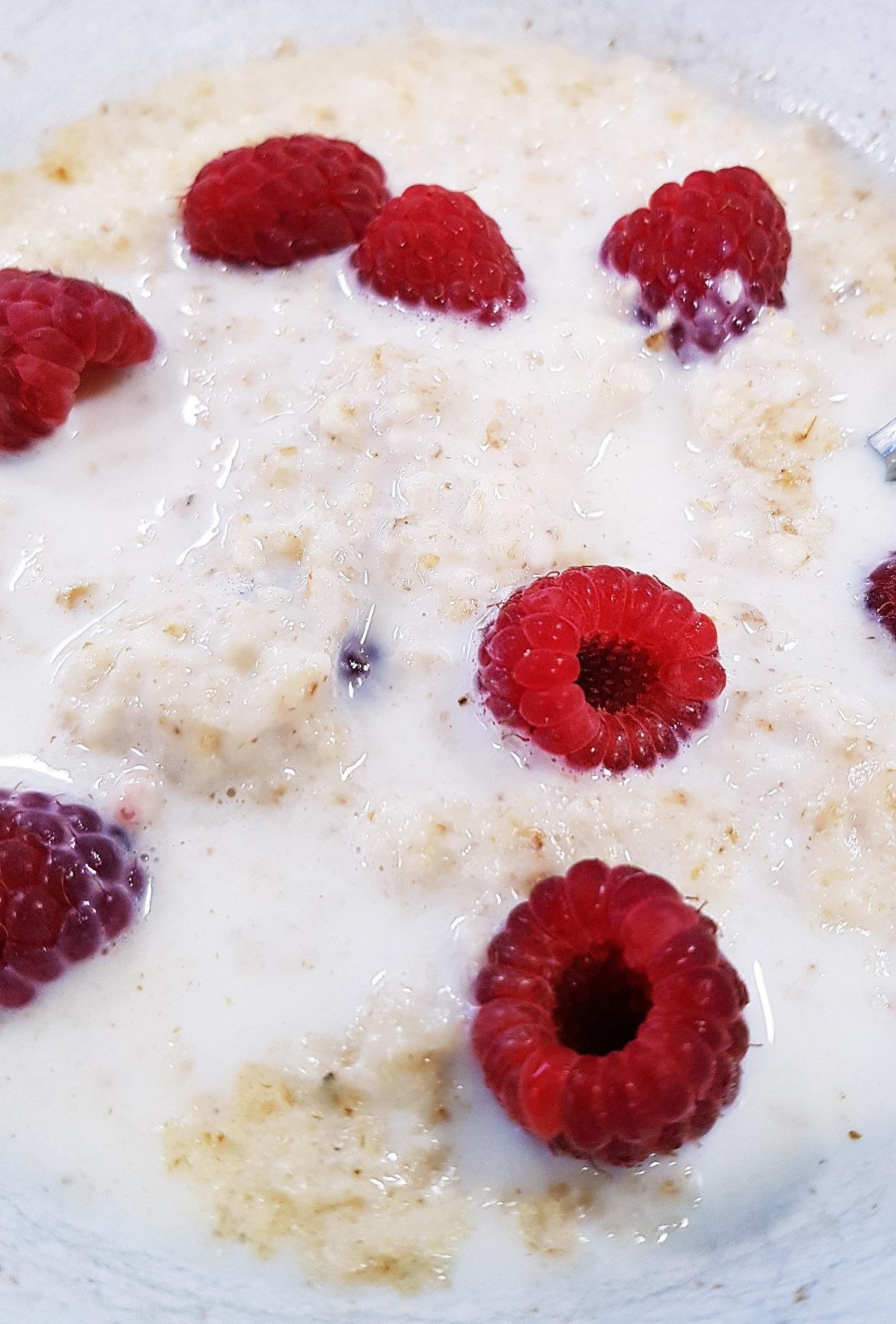 Raspberries and porridge - April 2018 Monthly Recap by BeckyBecky Blogs