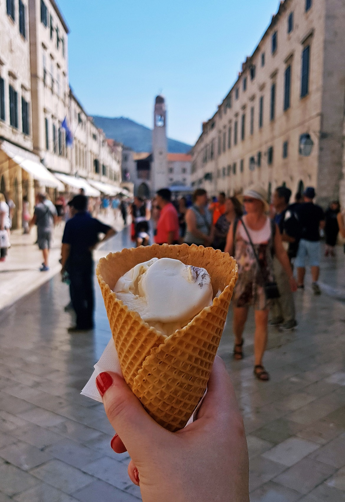 La Dolce Vita ice cream on the Stradun - Sightseeing in Dubrovnik, Croatia - Top Travel Tips by BeckyBecky Blogs