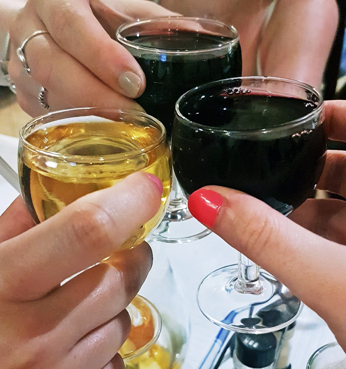 White and red port at Restaurant de Calçada - Food and Drink in Lisbon, review by BeckyBecky Blogs