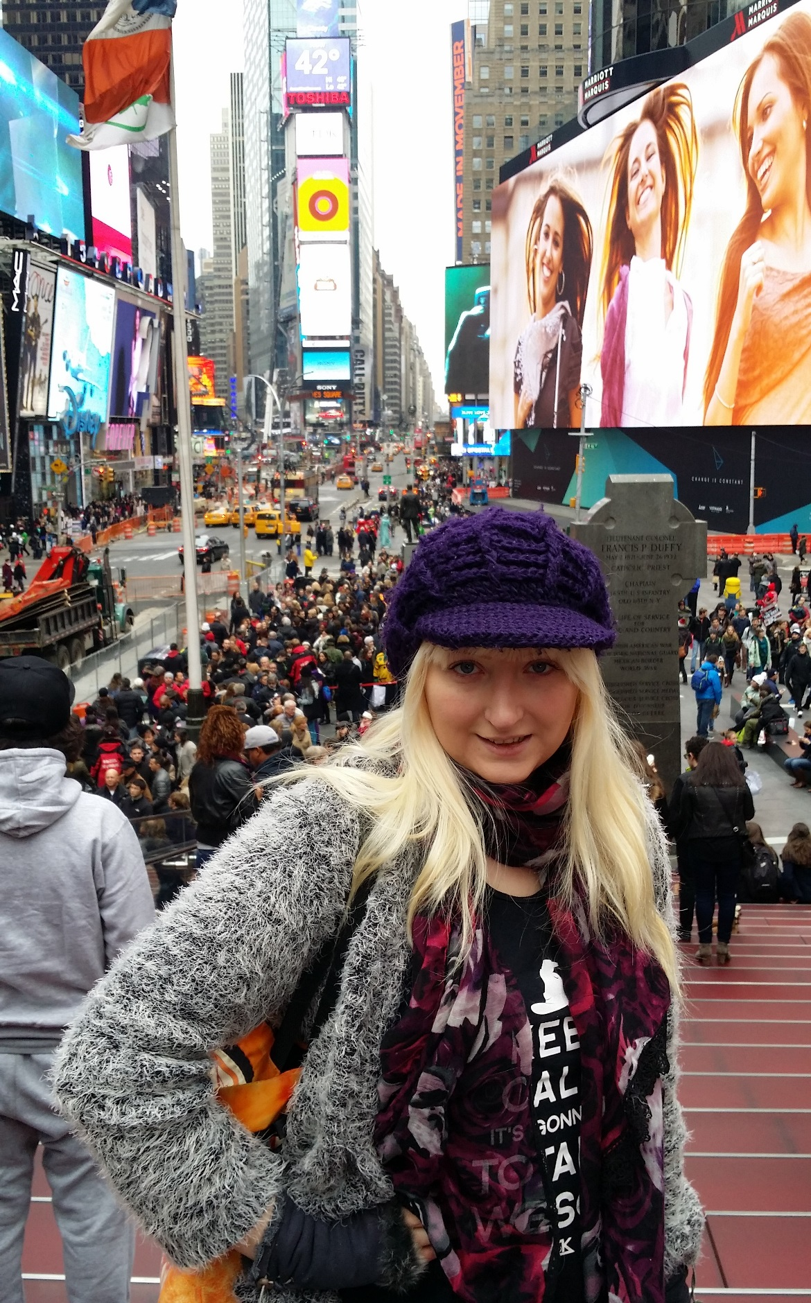 In Times Square - New York New York, travel blog by BeckyBecky Blogs