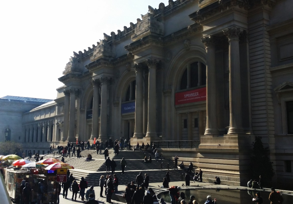 The Metropolitan Museum of Art - New York New York, travel blog by BeckyBecky Blogs