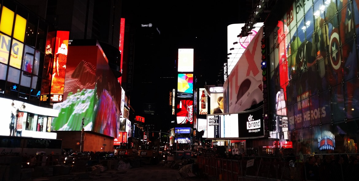 Times Square by night - New York New York, travel blog by BeckyBecky Blogs