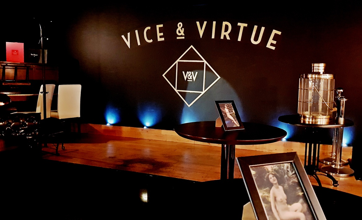 The bar - Vice and Virtue Leeds Restaurant Review by BeckyBecky Blogs