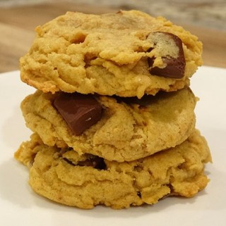 chewy-pumpkin-chocolate-chip cookies