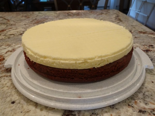 cheesecake layer added to cake layer