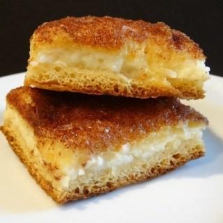 Crescent Cheesecake Bars