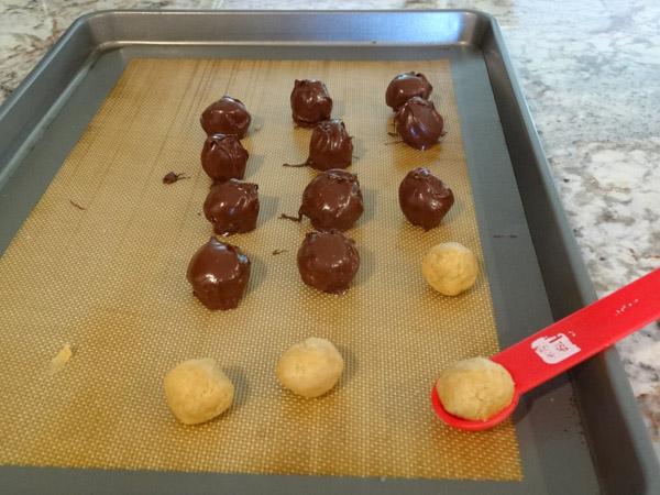 peanut butter balls dipped in chocolate