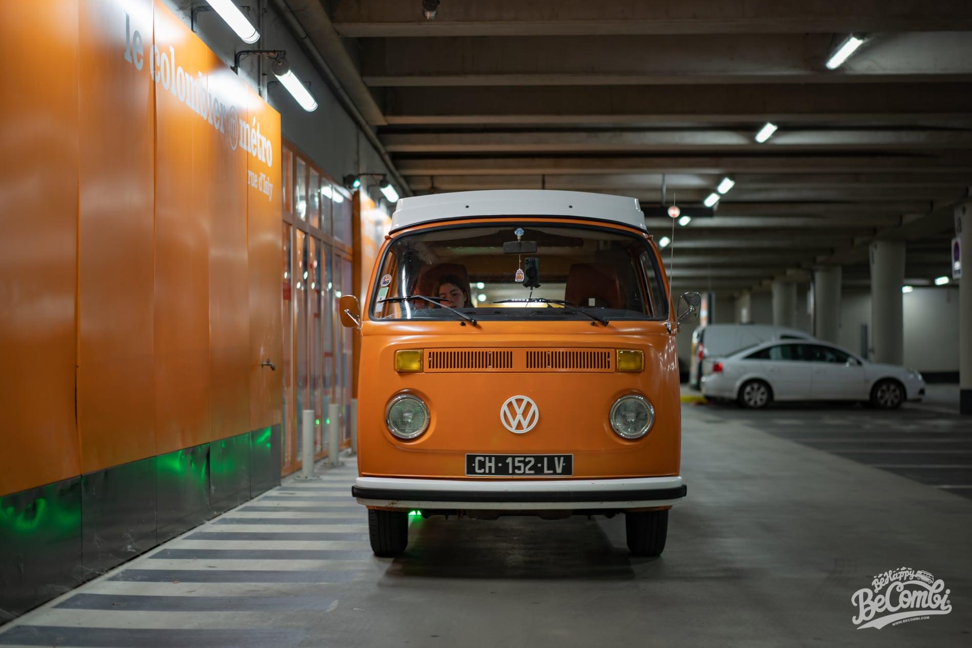 Sortie du Parking - VW Combi - BeCombi