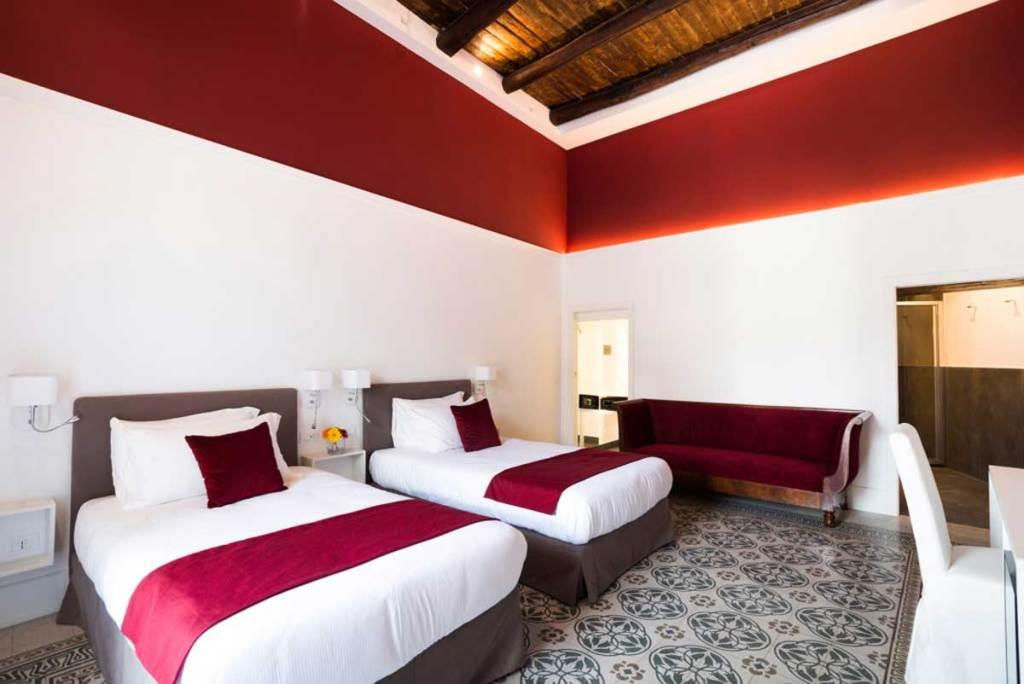 Foro Carolino Suite Bed and Breakfast Napoli (camera)