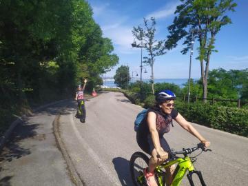 e-bikes experience parco san bartolo