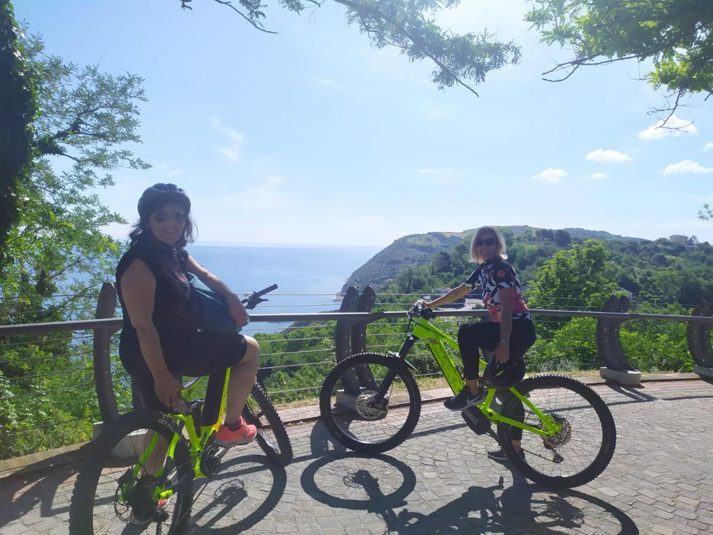 e-bikes experience tetto del mondo