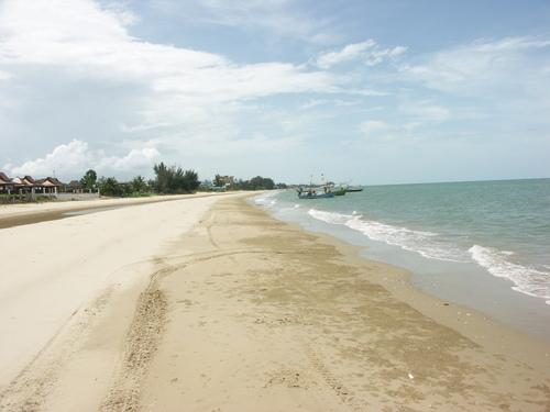 Pran day beach