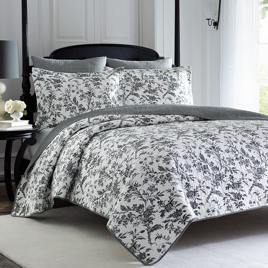 Laura Ashley Amberley Quilt Set From
