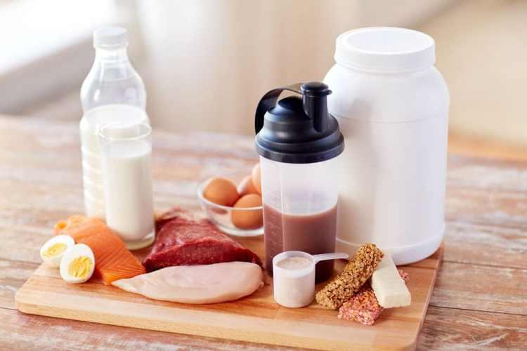 Manger des protéines est quelque chose d'essantiel à faire lorsque nous recherchons la sensation de satiété. Il faut donc inclure celles-ci au cœur de chacun de nos repas en quantité raisonnable pour ainsi satisfaire notre corps.