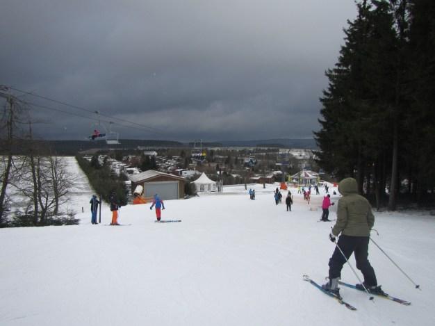 Donkere sneeuwwolken