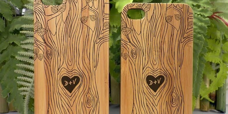 tree-trunk-carving-cool-phone-case